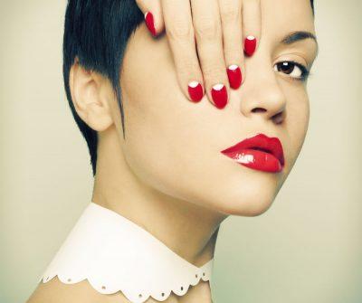Шеллак, наращивание ногтей, дизайн ногтей, гелевое покрытие ногтей, IBX systems, парафин рук, педикюр. парафин ног, массаж стоп, с лучшими мастерами The Science of Beauty.